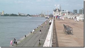 15. Amberes, vista del puerto