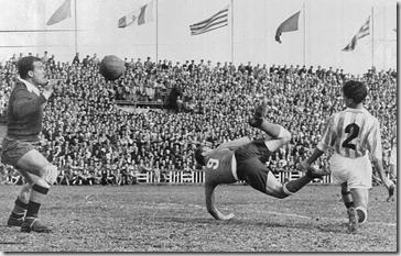 DiStéfano gol en Zorrilla
