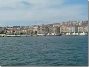 Banco Santander desde el mar