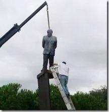 Estatua Pujol Premiá de Dalt